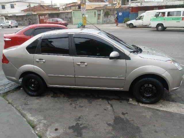 Fiesta 1.6 2010 - Foto 4