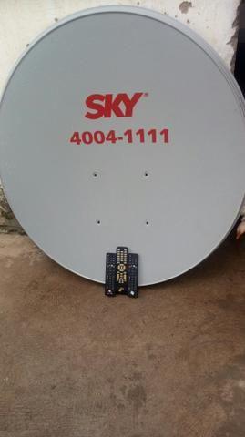 Vendo 4 antenas e 3 controles da oi