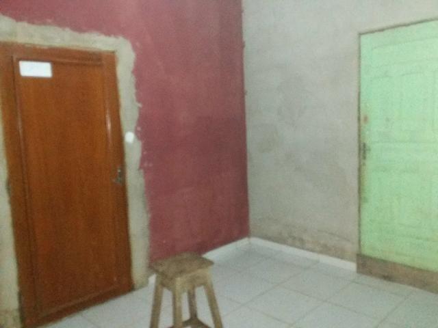 Vende casa motivo separação no Wanderley Dantas são dez cômodos - Foto 3