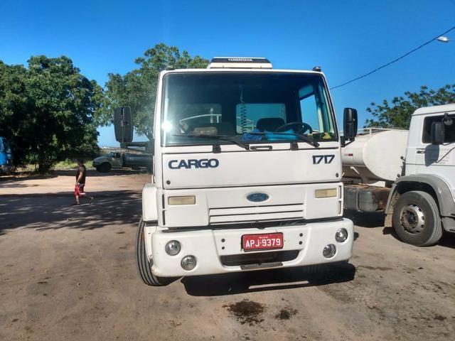 Vendo caminhões no pipa ou no chassis - Foto 5