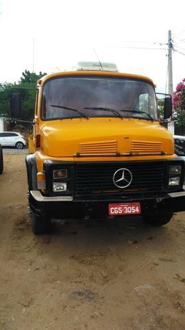 Vendo caminhões no pipa ou no chassis - Foto 2