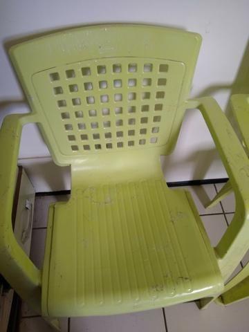 Vendo cadeiras de plástico