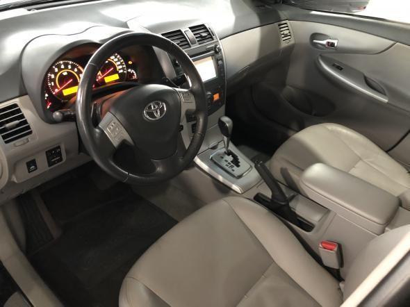 Toyota Corolla XEi 2.0 Flex 75000km Aut. 2014 - Foto 10