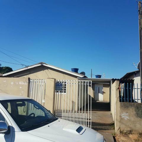 Casa asfalto com edicula nos fundos da financiamento aceita carro - Foto 4
