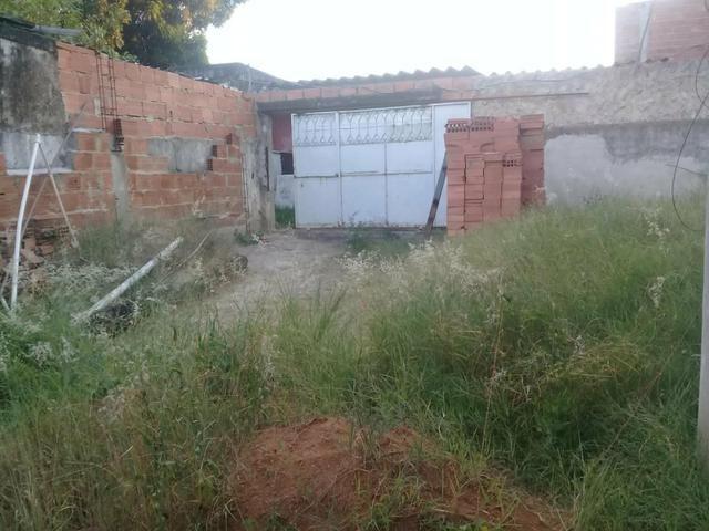 Vendo casa em construção, em excelente localização em Sepetiba