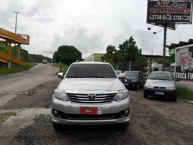 Toyota hilux sw4 sr top flex com gnv ano 2014
