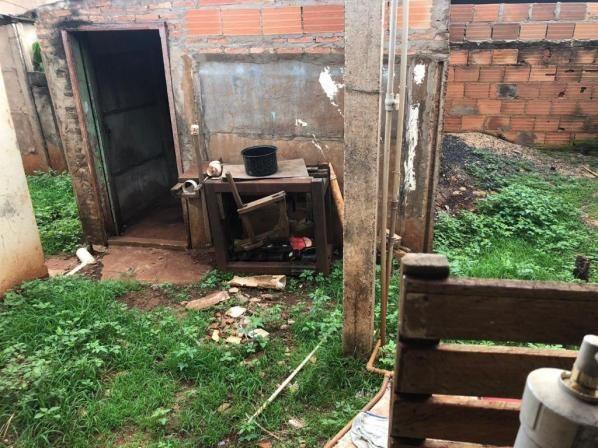 Casa com 4 dormitórios para alugar, 1 m² por R$ 1.000/mês - Jardim América - Rio Verde/GO - Foto 12