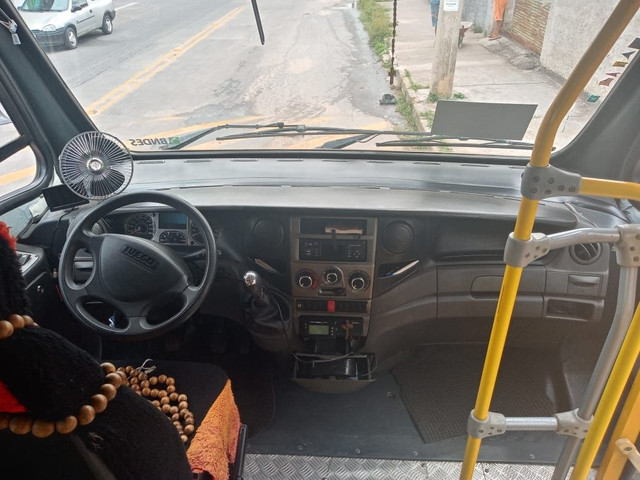 Micro ônibus Iveco cityclass 70c17 euro 5 2013 - Foto 2