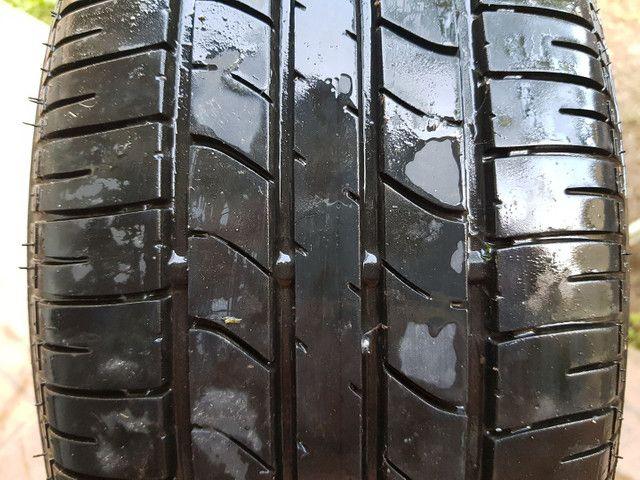Pneu Bridgestone R15 (195/55)