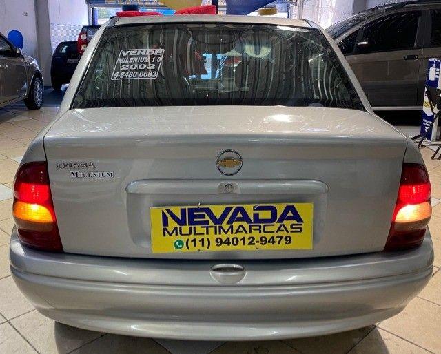 Chevrolet Corsa Sedan 2002 1.0 Gasolina Milenium Básico Prata Estudo Troca e Financio - Foto 5
