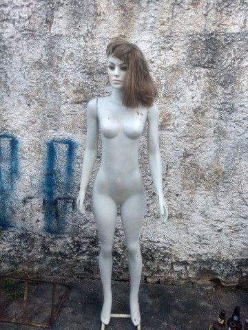 Manequim feminino com peruca  - Foto 2