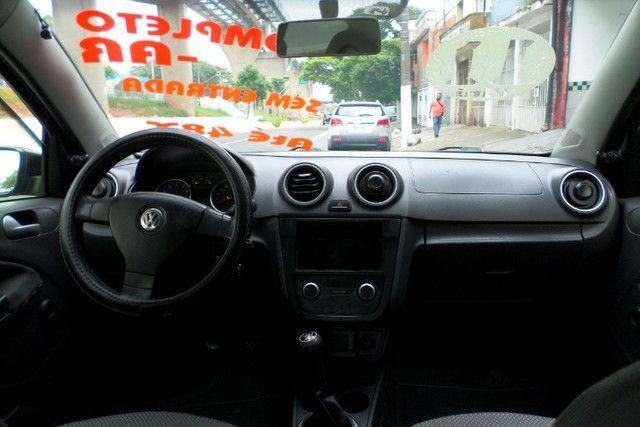 Volkswagen Voyage 1.0 Flex 2011/2011 - Foto 8