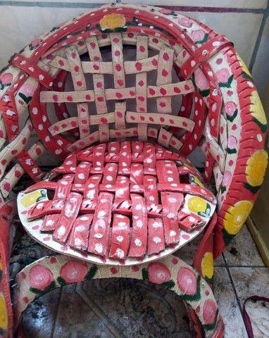 Cadeira infantil em pneu