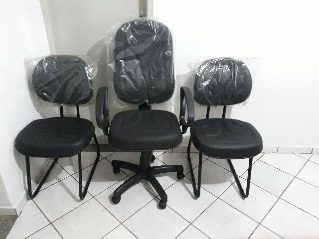 Conjunto de cadeiras em ofertas. NOVAs Até 12x