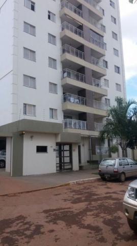 Apartamento  com 3 quartos no Edifício Residencial Iluminato - Bairro Residencial Sagrada