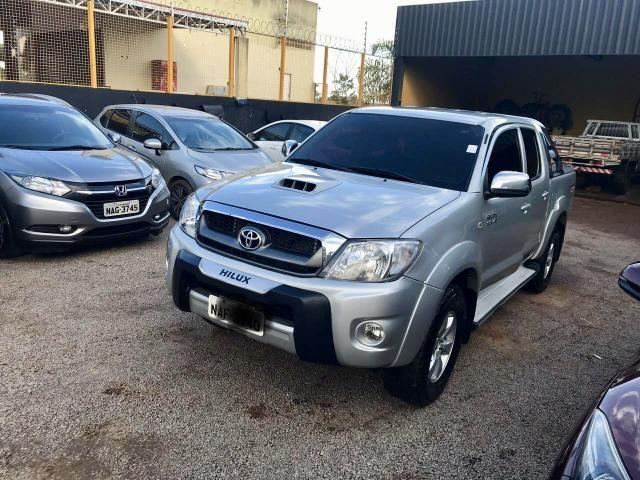 Toyota HILUX SRV 4x4 diesel automática