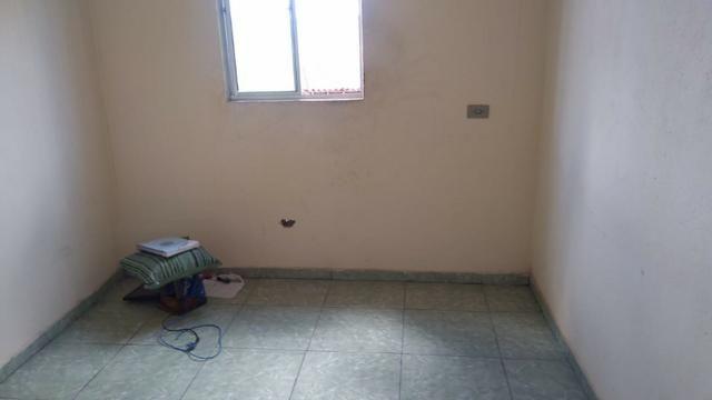 Vende-se um Prédio com 3 Casas - Foto 5