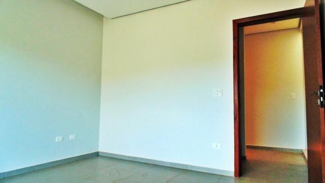 Magnifico sobrado moderno! 04 quartos, 02 suítes, espaço verde! - Foto 8