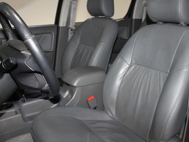 Hilux CD SRV D4-D 4x4 3.0 TDI Diesel Aut - Foto 8