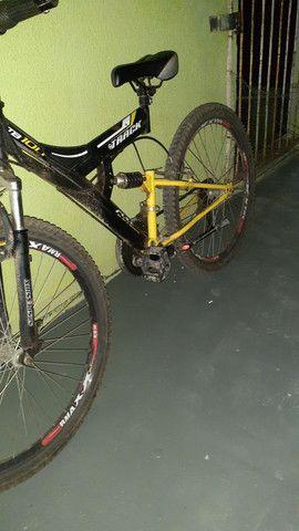 Vendo uma bicicleta aro 26 por motivo de mudança - Foto 2