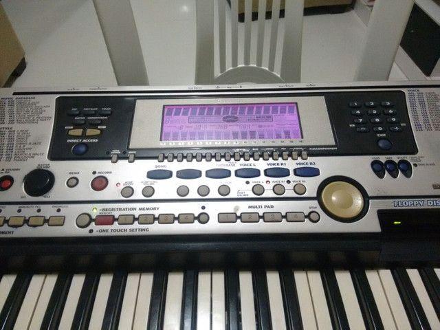 Vendo ou troco meu teclado PSR 550 - Foto 2