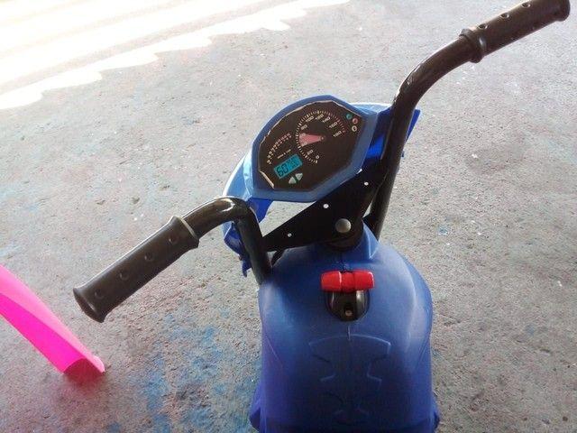 Moto Elétrica 6V Bandeirante Azul infantil  - Foto 2