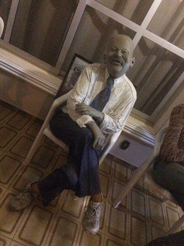 Esculturas em tamanho real, bonecos para bares e restaurantes  - Foto 2