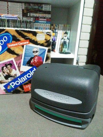 Câmeras Polaroid 600 e 636