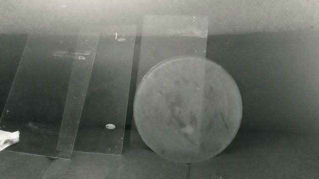 Vendo 4 prateleira de vidro r$ 60 - Foto 2