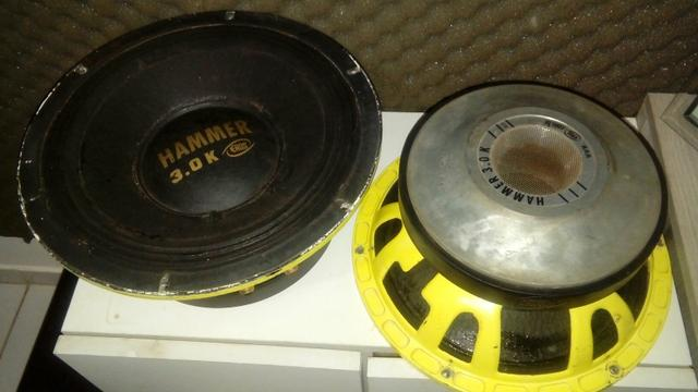 Vendo 2 auto falantes hammer 3.0k