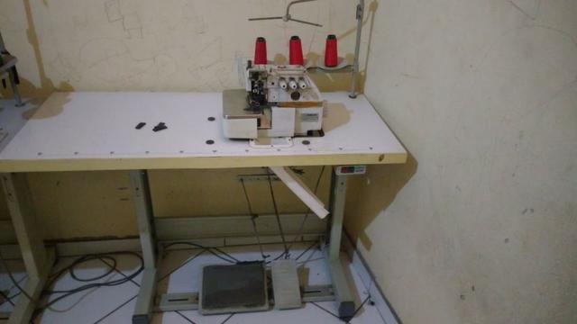 Máquina industrial de costura - Foto 2