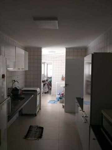 Excelente apartamento no Farol, 3 quartos - Foto 13