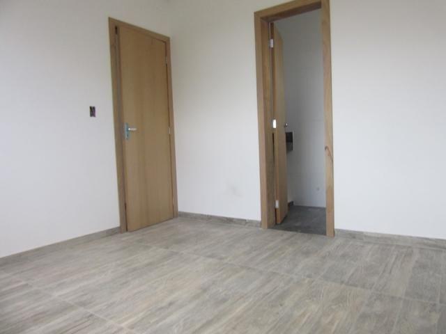 Lançamento no bairro Caiçara, prédio novo, 100% revestido com elevador! - Foto 10