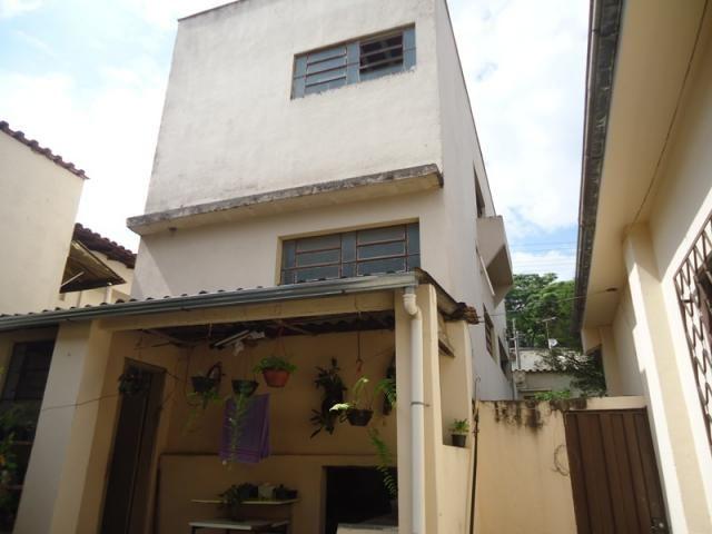 Casa bem conservada em ótima localização, próximo a Rua Padre Eustáquio! - Foto 16