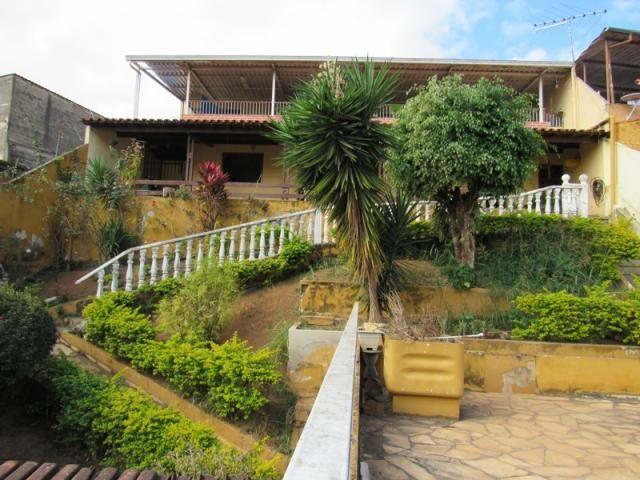 Rm imóveis vende excelente casa de 04 quartos em ótima localização
