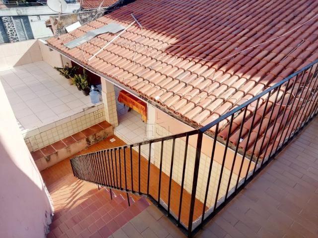 Casa Solta: 4/4 (Sendo 2 Suítes), Garagem, Pertinho da Praia, HC036