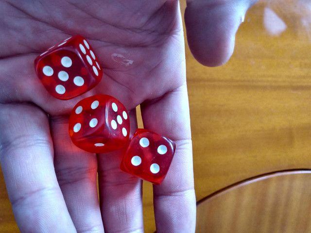 Dados profissionais para poker e outros jogos aceito cartão e trocas - Foto 2