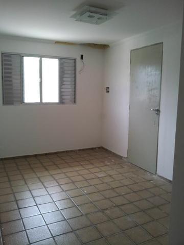 Duplex em casa Caiada na Av. Carlos de Lima Cavalcante - Foto 9