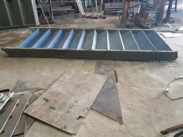 Escada metálica usada - Foto 3