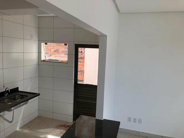 Casa cond fechado lazer compl 3 qts 2 vagas AC financiamento - Foto 5