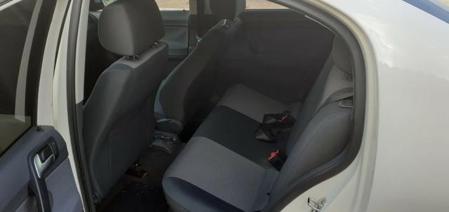 Polo Sedan 2011/12 - Foto 3