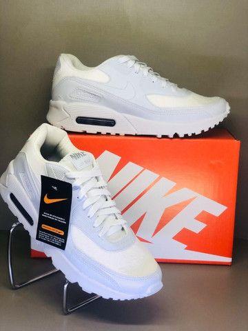 Nike Air Max 90 - Branco - Foto 2