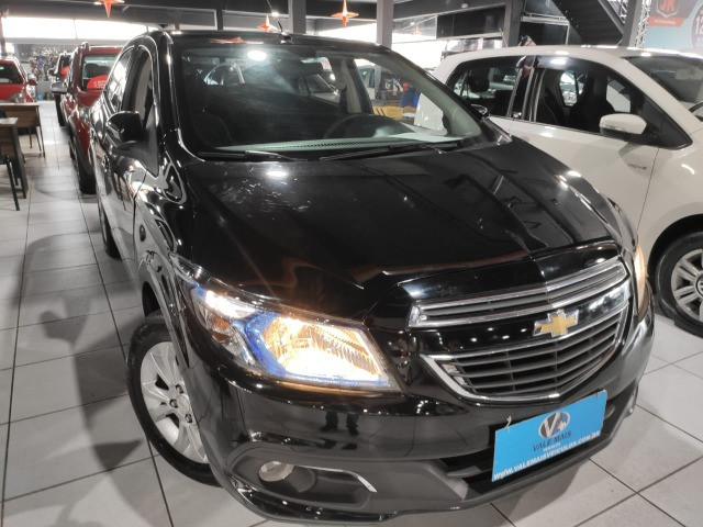 Chevrolet Prisma 1.4 LTZ completo impecável entrada + parcelas de 799 - Foto 3