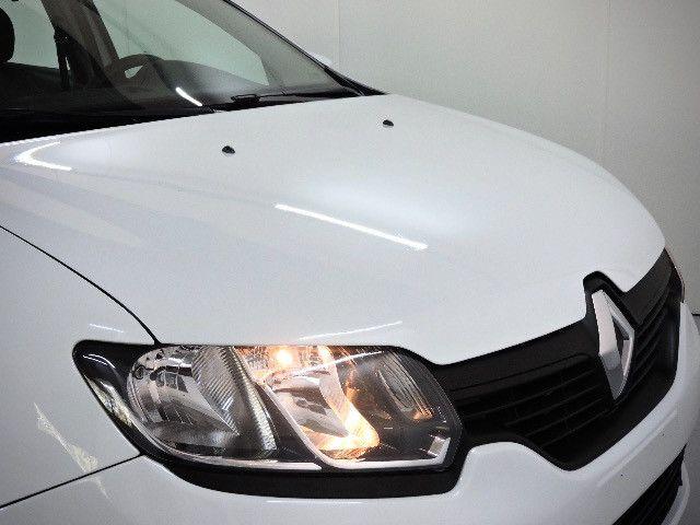 Renault Logan Expression Hi-flex 1.6 2016 - Estado de novo - Foto 15
