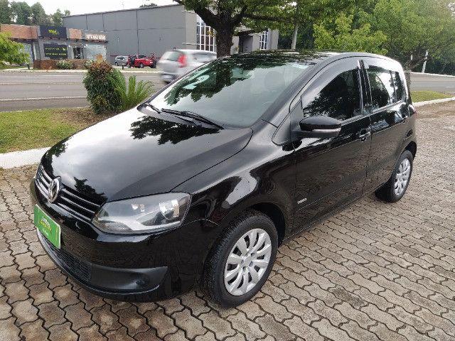 Volkswagen Fox 1.0 VHT (Flex) 4p 2012
