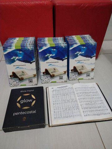 Livros EPOS (estudos bíblicos) Bíblia digital e harpa com música - Foto 2
