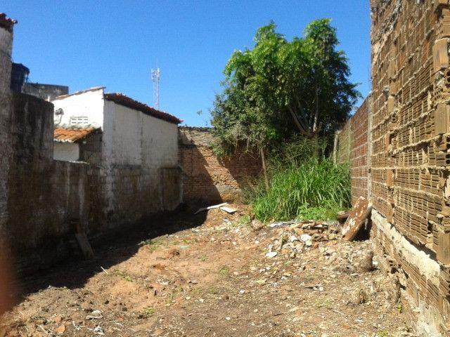 Vende-se Terreno no bairro do Alecrim em Natal RN - Foto 2