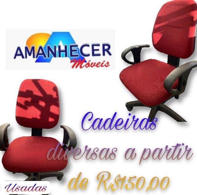Cadeiras usadas em PROMOÇÃO