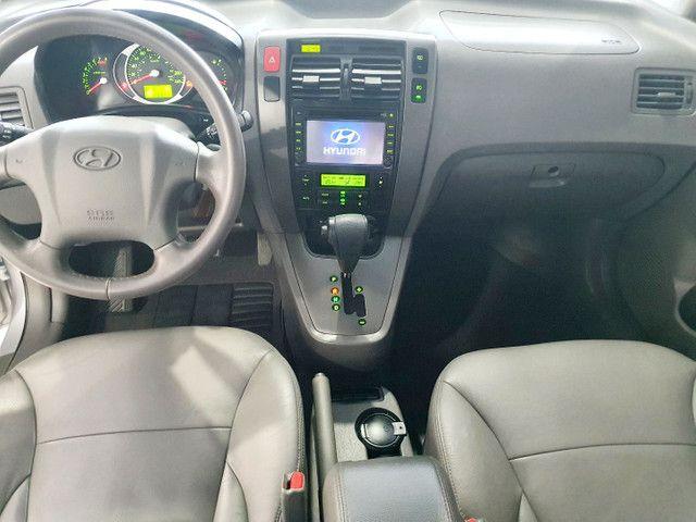 Hyundai Tucson 2.0 Flex GLSB Automático 2015 na cor Prata.  - Foto 9