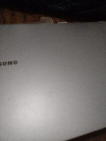 Vendo um notebook novo  Samsung - Foto 2